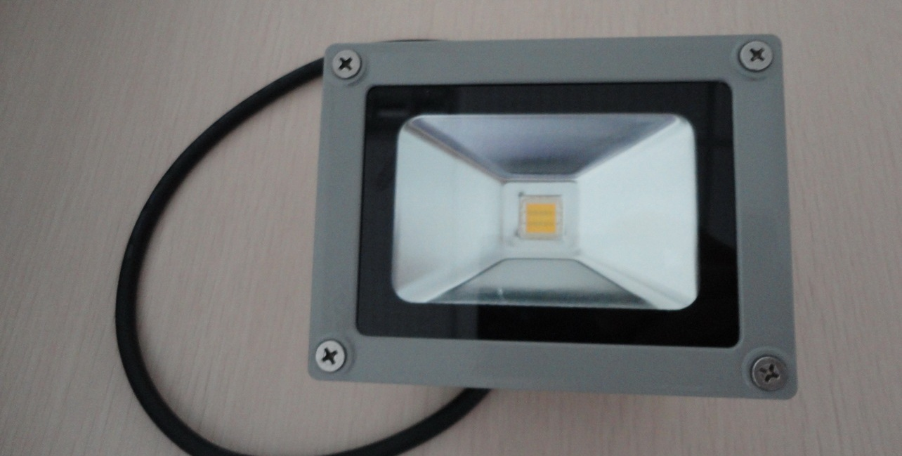 Außenleuchten IP65 Led in grauem Alugehäuse